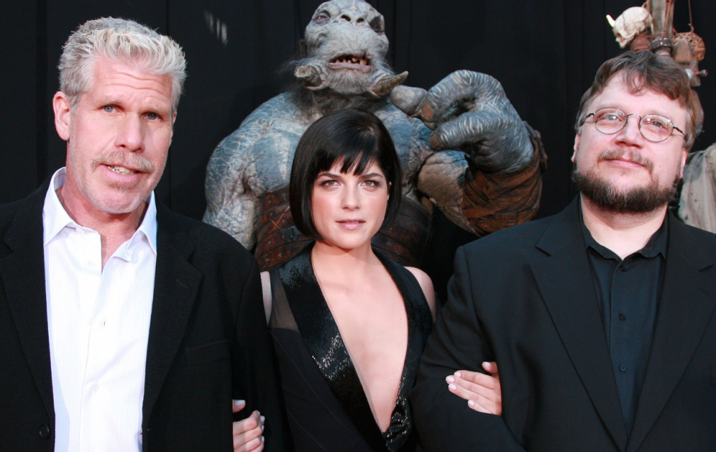 นักแสดง รอน เพิร์ลแมน รับอยากกลับมาสวมบท Hellboy