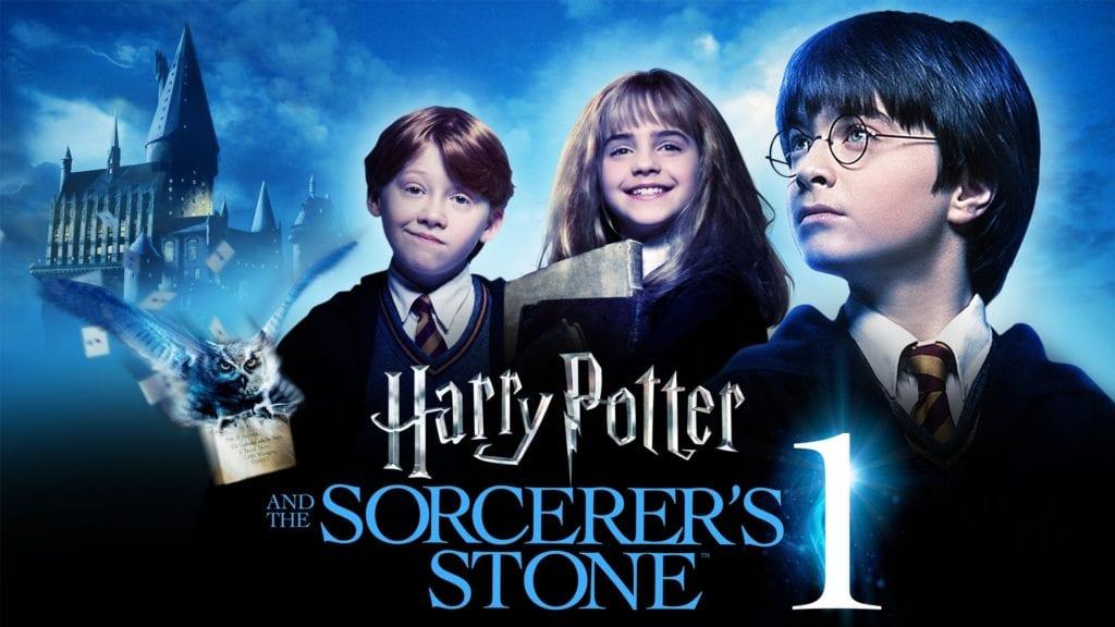 รีวิว แฮรี่พอตเตอร์ การผจญภัยกับศิลาอาถรรพ์  ภาค 1 เรื่องราวชีวิตของเด็กชายกำพร้า