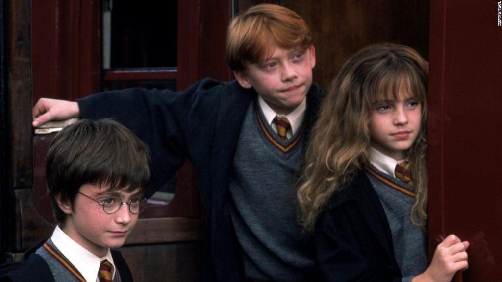 แฮรี่พอตเตอร์ การผจญภัยกับศิลาอาถรรพ์  ภาค 1